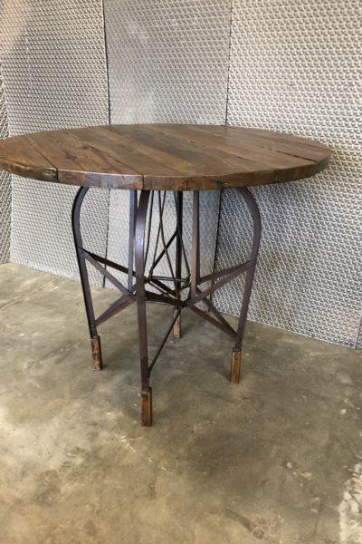 Sleigh Bar Table