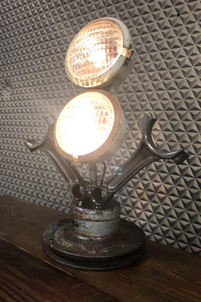 V8 Lamp
